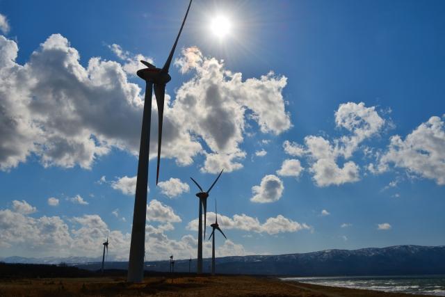 並んだ風太風力発電所